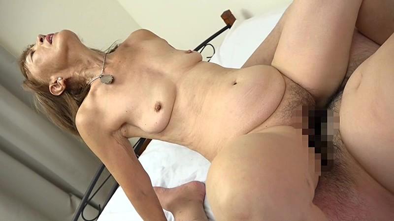 浅野多恵子の騎乗位セックス