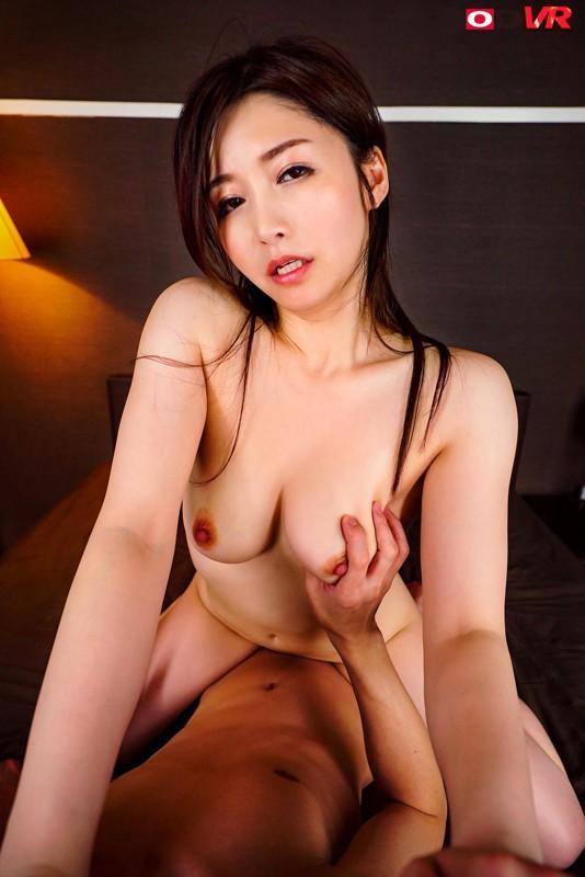三浦歩美の騎乗位セックス