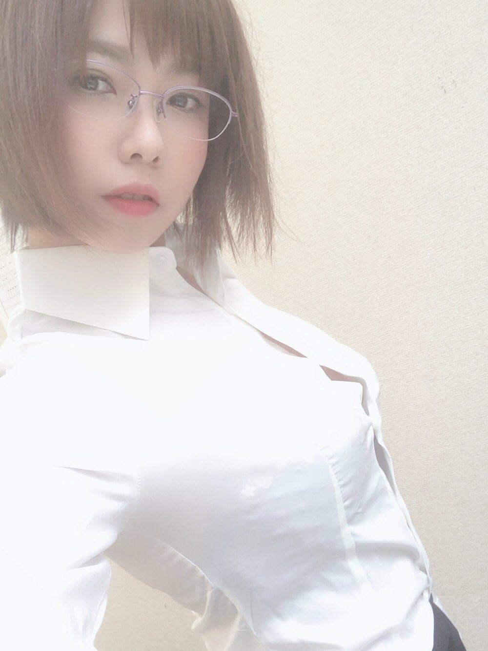 赤瀬尚子のプラベ自撮りおっぱい