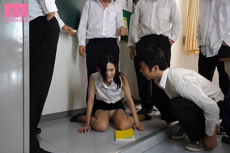 咲乃小春の女教師輪姦レイプ