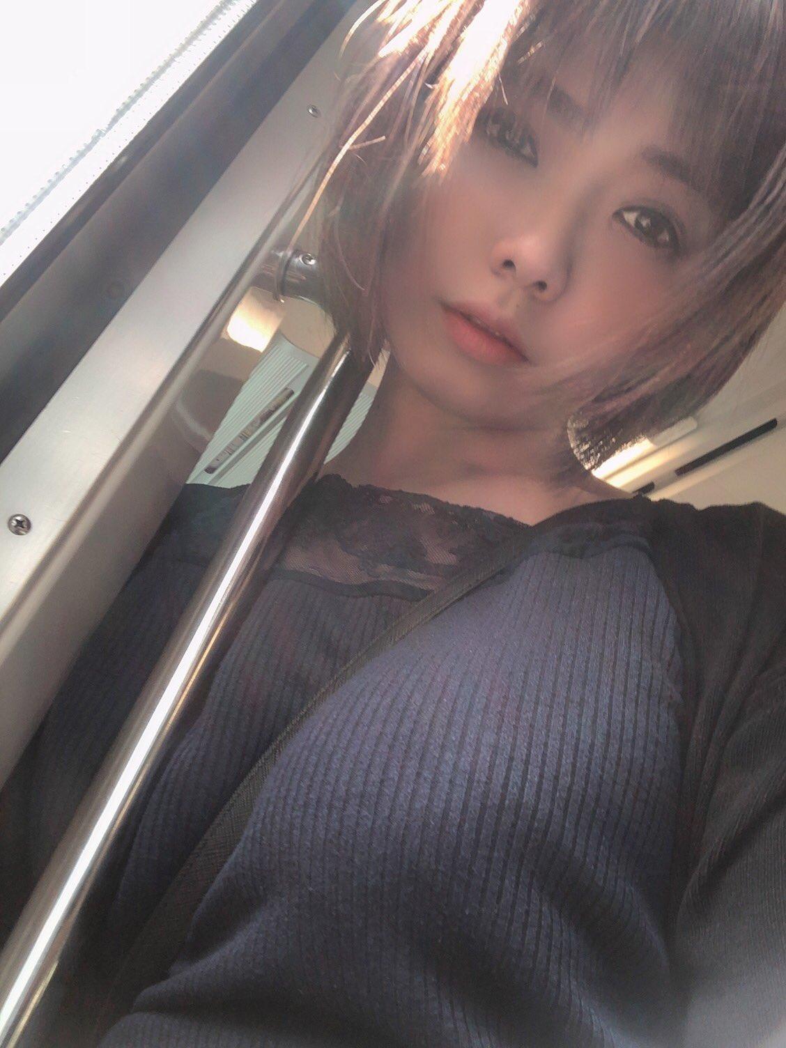 赤瀬尚子のプラベ自撮りパイスラ