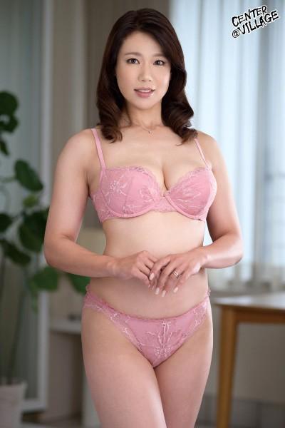 里崎愛佳のエロ画像