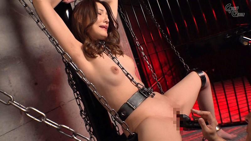 拘束拷問のエロ画像